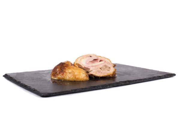 Vykoštěné kuřecí stehno plněné šunkou a sýrem